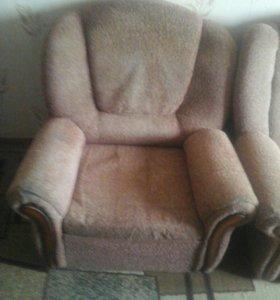 Угловой диван и кресло - кровать