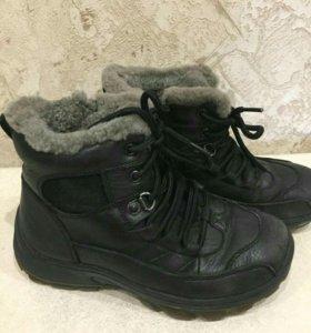 Ботинки зимние на мальчика,натуральный мех и кожа.