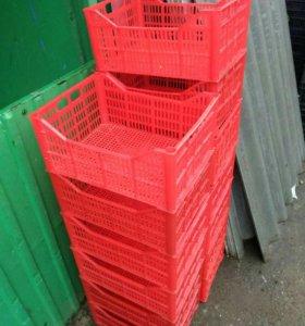 Пластмассовые и деревянные  Ящики