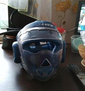 Шлем для единоборства
