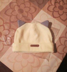 Модная шапочка для малыша