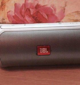 JBL портативная Charge 2+ цвет неоновое серебро