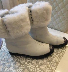 Ботинки на меху новые
