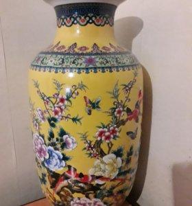 Фарфоровая вазы