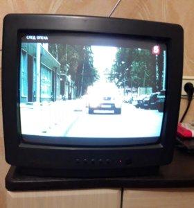 Телевизор JVC диагональ 39 см. Кинескопный (ЭЛТ)
