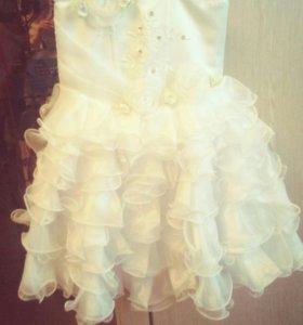 Платье на девочку 2-3 г