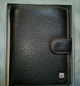 Новый кожаный кошелек с автодокументами