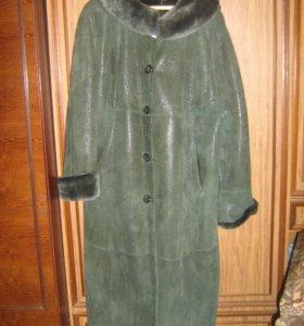 Дублёнка натуральная зелёная с капюшоном50-54 рр