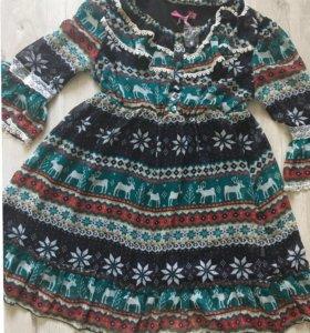 Платье с новогодним рисунком