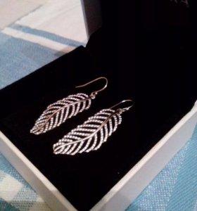Pandora Серьги перья