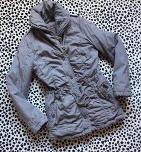 Тёплая куртка. Зима. 44-46 размер.