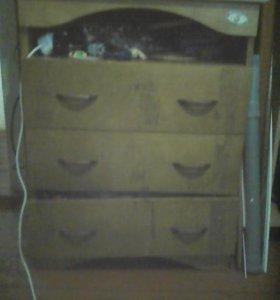 комод с тремя ящиками