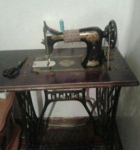 Швейнпя машинка