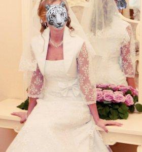 Свадебное платье болеро фата шуба туфли украшения