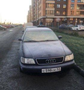 Audi A6 C4 седан