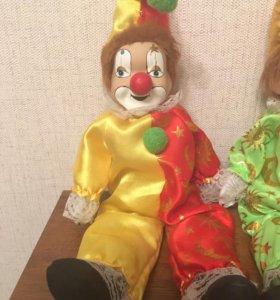 Винтажные фарфоровые клоуны.
