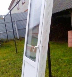Дверь пластиковая.балконная.