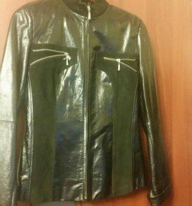 Куртка весенняя  Кожзам