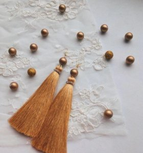 Сережки кисточки