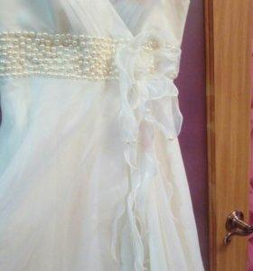 Свадебное плаьтье.