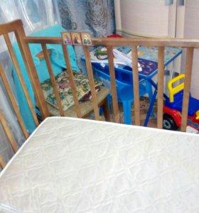 Срочно продаю детскую кроватку с матрасом и бортик