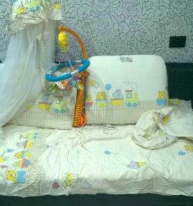 Полный набор для кроватки малышу.