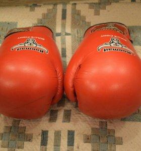Боксерские перчатки Roomaif