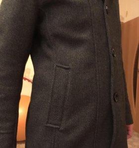 Пальто мужское серое