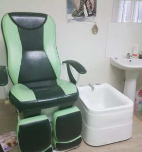 Комплект мебели для мастера педикюра и маникюра