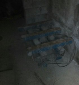 Машина для литья строительных блоков