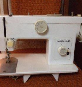 Швейная машинка чайка хорошо работает