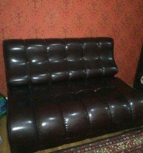 Шкаф-прихожая,диван