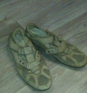 Мужские туфли 43 разм