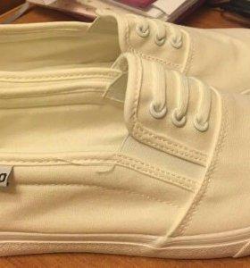 Обувь длина стельки 27 см