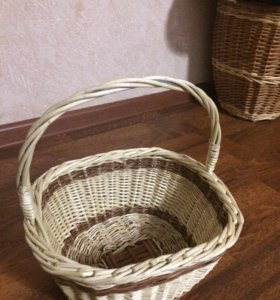 Фруктовница плетеная