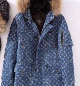Новая зимняя парка Supreme Louis Vuitton