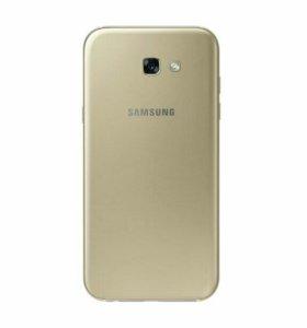 Samsung A7 2017 года.