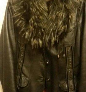 Кожанная куртка 48-50 р-р