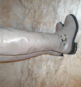 Сапоги зимние низкий каблук.