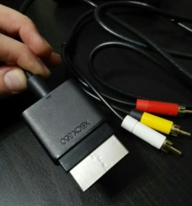 Av кабель на Xbox 360
