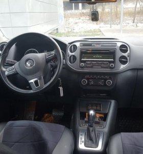 Vollzwagen Tiguan 2л.