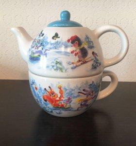 Чайник с чашкой подарочный набор