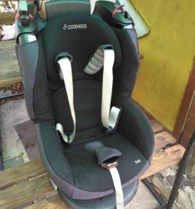 Детское автомобильное кресло Maxi Cosi
