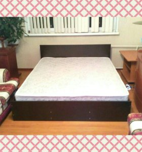 Кровать новая с матрасом!