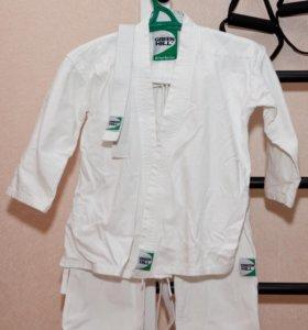 Кимоно для ребенка ростом 126-130 см