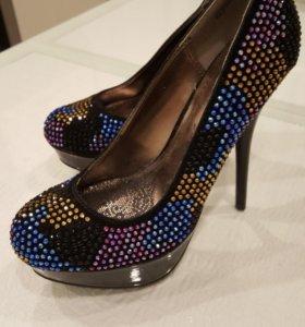 Новые туфли женские на высокой платформе. Р. 36