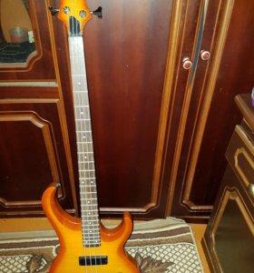 бас - гитара Ibanez