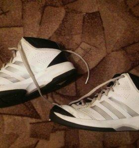 Adidas баскетбольные размер 36.5