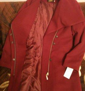 Пальто кашемировое, абсолютно новое