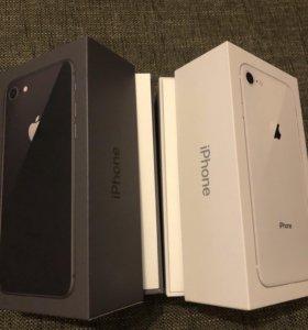 Продам iPhone 8 64gb серебро и черный